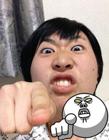 日本�W友模仿LINE表情人物