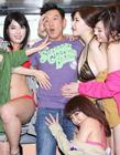 杜汶泽与女优香港宣传新片《豪情3D》