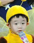 奥运冠军杨威儿子杨阳洋呆萌走红