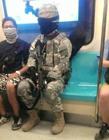 台北男子穿迷彩服搭地铁被逮捕