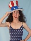 新西兰少年搞笑模仿欧美天后装扮