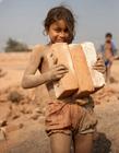 世界儿童的苦难 聚焦全球苦难中的儿童