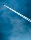 划破天空的白云 天空图片高清图片