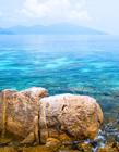 海边岩石风景图片