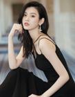奚梦瑶图片 黑色吊带礼服尽显性感优雅