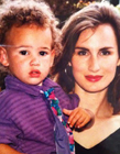 克莱汤普森母亲照片 克莱汤普森小时候与妈妈合照