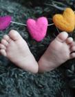 刚出生婴儿小脚丫图片 新生儿可爱小脚丫图片