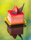 草莓慕斯蛋糕图片 美食图片甜点真实