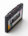 录音机磁带原理 磁带是什么材料做的