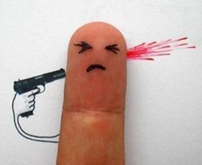手指搞怪图片之自杀