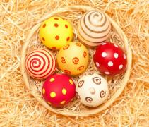 鸡蛋可爱彩绘创意摄影高清图片