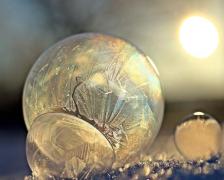 结冰的泡泡高清摄影图片素材