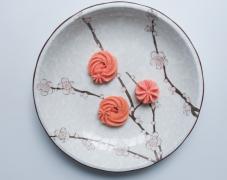 粉红色曲奇饼干甜品美食图片
