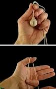创意耳机线绑成球步骤图片