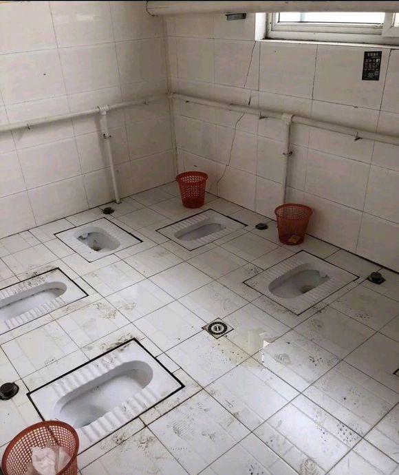 创意搞笑的厕所图
