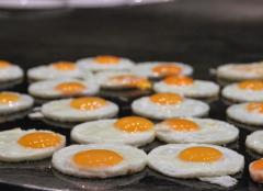 煎蛋早餐的�D片