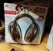 �焊��意的�^戴式耳�C�D