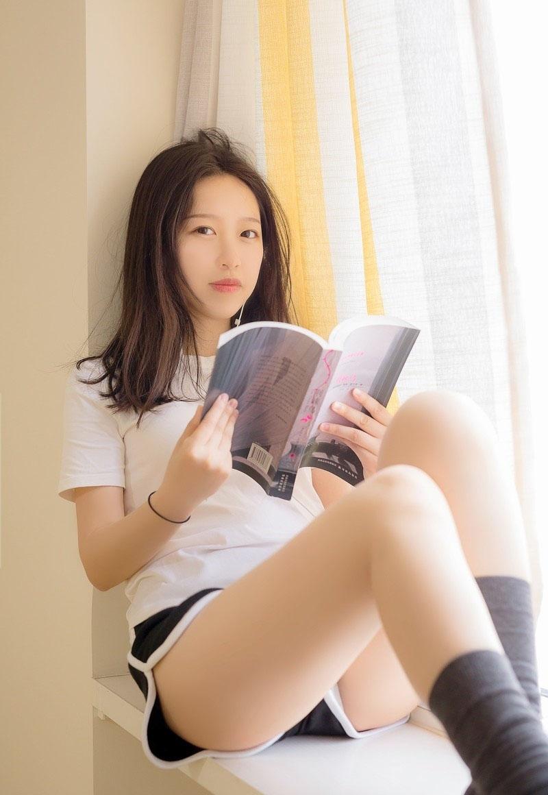 韩国美女练瑜伽丰满性感写真