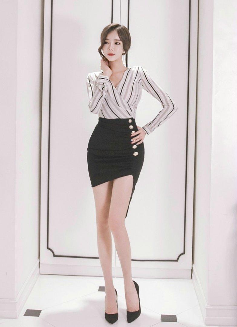 性感真空美女人体艺术写真图