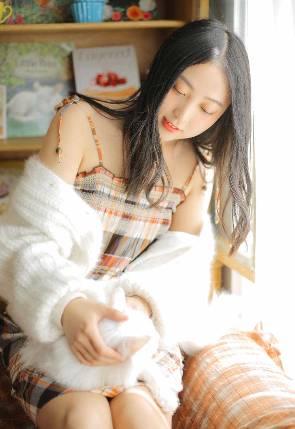 性感真空美女黑丝浴袍人体模特写真