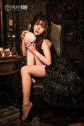 性感美女洛丽塔黑丝长裙诱人美腿艺术写真