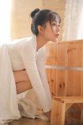 校园清纯美女大学生妹私房性感白丝美腿人体艺术摄影写真
