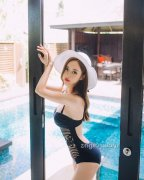 韩国性感美女主播丰满身材泳衣湿身诱惑写真