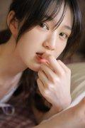 清纯美女模特高挑身材白皙肌肤性感诱惑写真