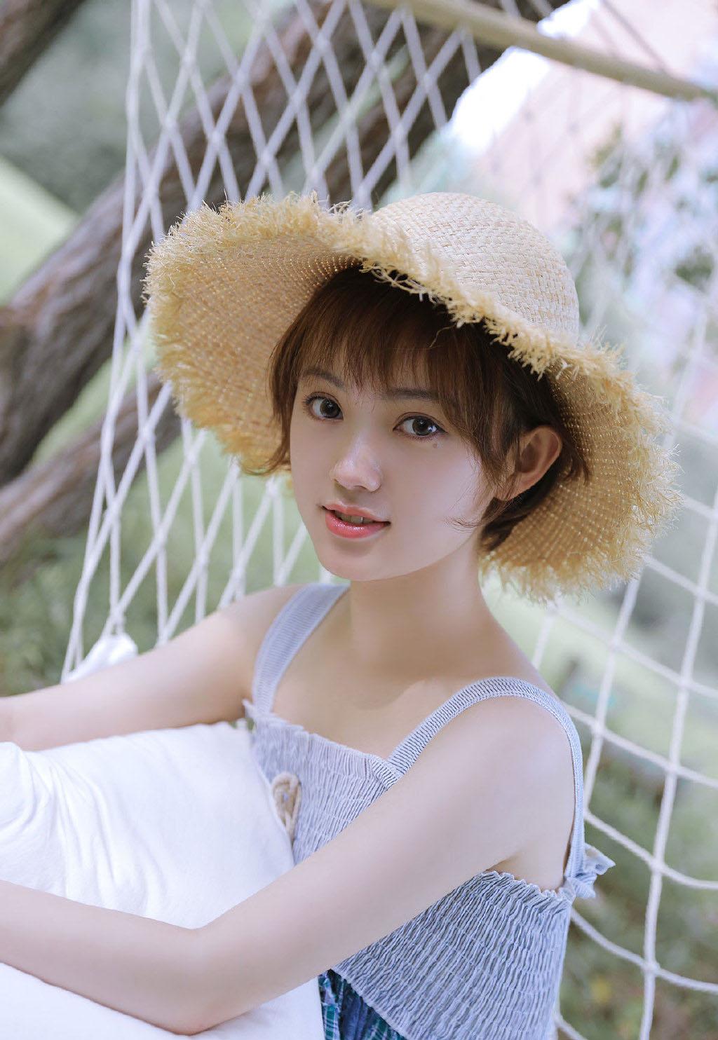 jk水手服清纯美少女
