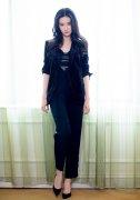 刘亦菲西装酷美写真图片