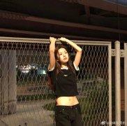 韩国美女模特高允真