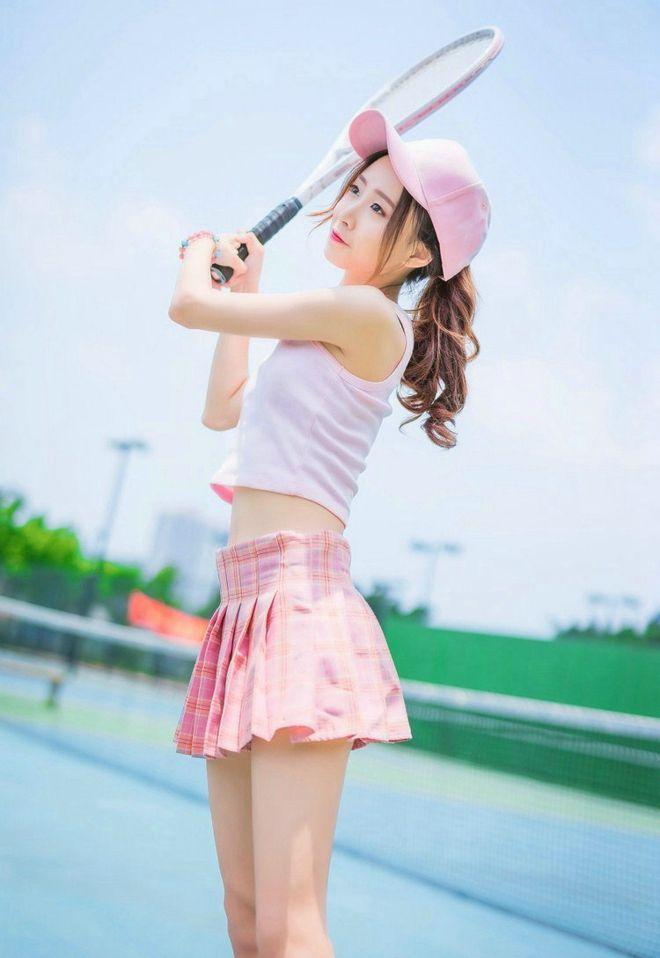 极品清纯美女模特比基尼事业线写真