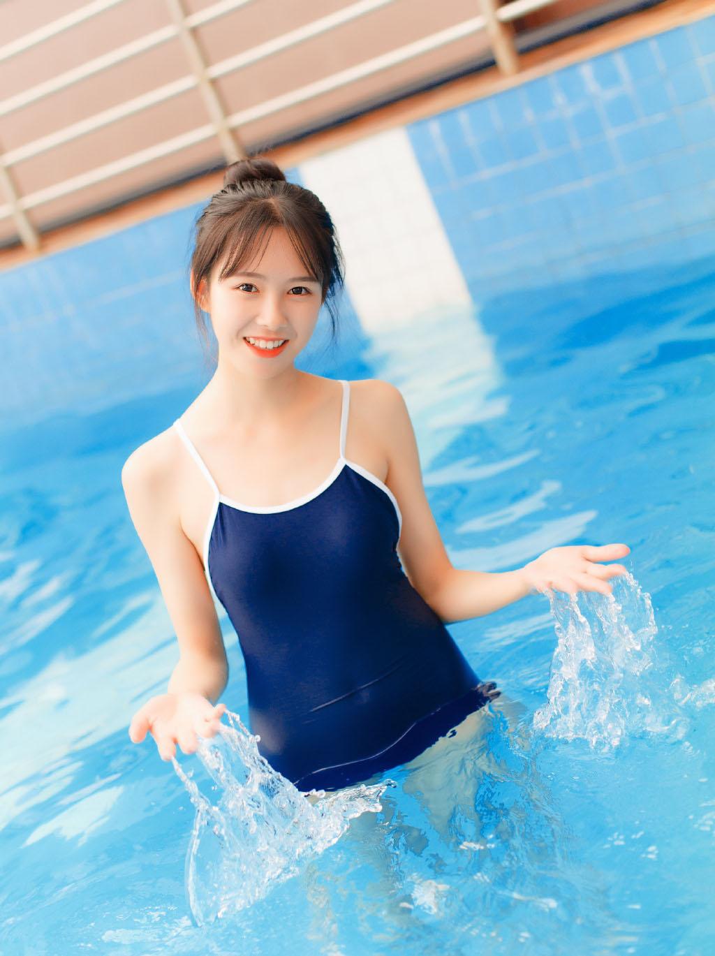 日系和服美女妩媚性感图片