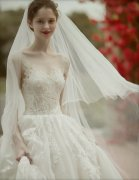 极品欧美美女婚纱照