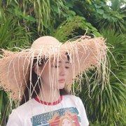 徐璐清新草帽女孩写真图片