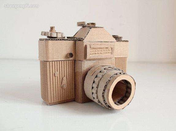 创意废纸合手工照相机模型