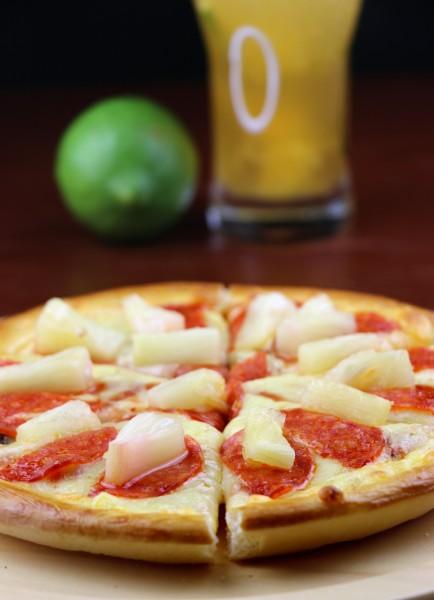 美味好吃的披萨美食