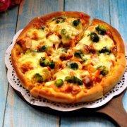 鲜虾鸡肉披萨